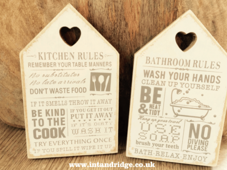 Photo of home decor signs, from Xen Boutique, used in a give away competition on InTandridge
