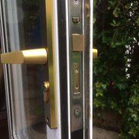 Knox Locks locksmiths lock fitting