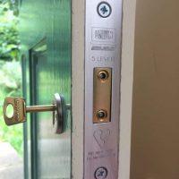 Knocks Locks locksmith work in Oxted
