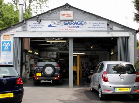 Days Garage Oxted