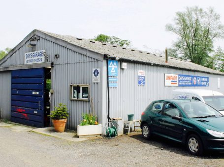 Days Garage Godstone