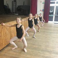 Surrey Dance School - children's ballet class in Oxted