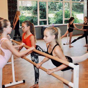 Surrey Dance School ballet pupils in Limpsfield