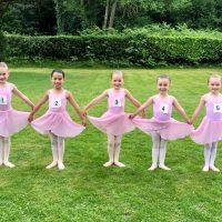 Surrey Dance School - ballerinas ready for their ballet exam