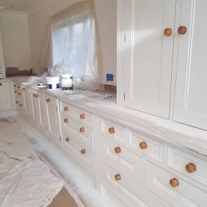 Select Decorators spraying in Warlingham